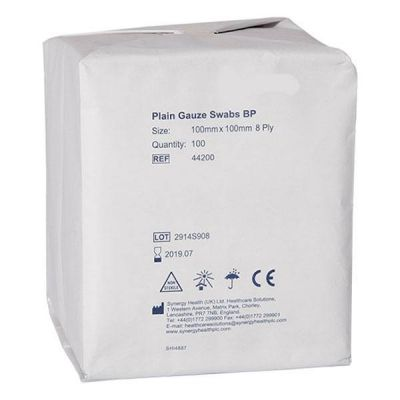 Comprese nesterile din tifon SanaPlus, 10 cm x10 cm, 100 buc.